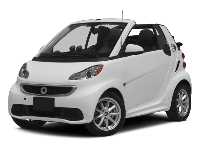 Crystal White 2014 smart fortwo electric drive Pictures fortwo electric drive Convertible 2D Electric photos front view
