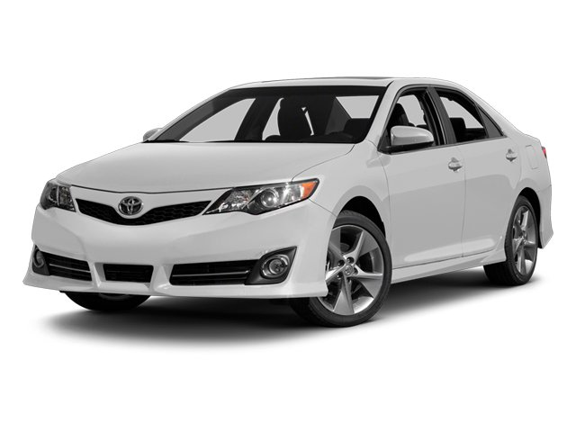 Super White 2014 Toyota Camry Pictures Camry Sedan 4D LE I4 photos front view