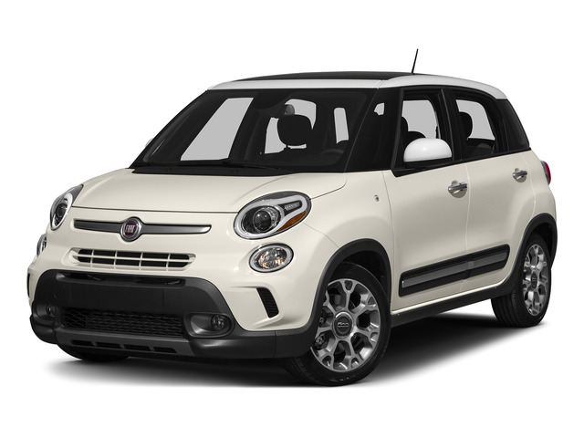 Bianco (White) 2015 FIAT 500L Pictures 500L Hatchback 5D L Trekking I4 Turbo photos front view