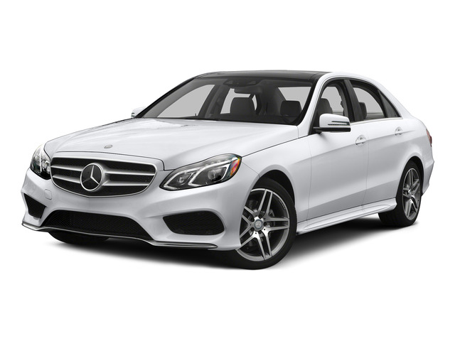 Polar White 2015 Mercedes-Benz E-Class Pictures E-Class Sedan 4D E400 V6 Turbo photos front view