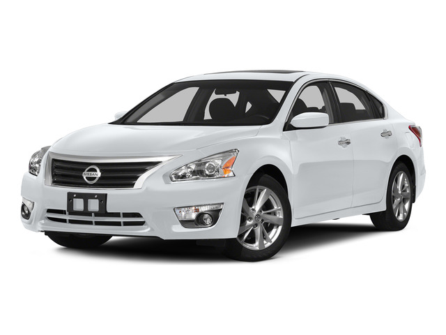 Solid White 2015 Nissan Altima Pictures Altima Sedan 4D SV I4 photos front view