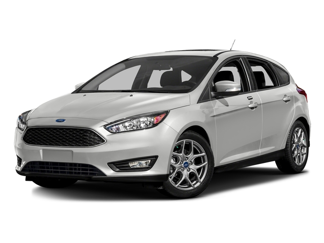 Oxford White 2016 Ford Focus Pictures Focus Hatchback 5D SE I4 photos front view