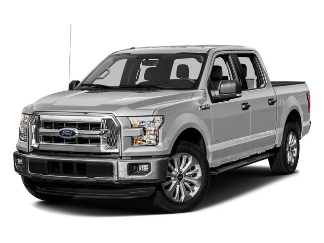 Ingot Silver Metallic 2016 Ford F-150 Pictures F-150 Crew Cab XLT 2WD photos front view