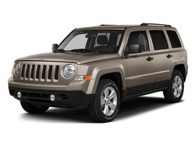 Mojave Sand Clearcoat 2016 Jeep Patriot Pictures Patriot Utility 4D Latitude 4WD photos front view