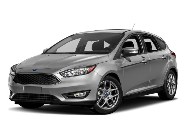 Ingot Silver Metallic 2017 Ford Focus Pictures Focus Hatchback 5D SE I4 photos front view