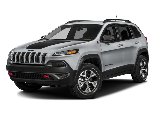 Billet Silver Metallic Clearcoat 2017 Jeep Cherokee Pictures Cherokee Trailhawk 4x4 *Ltd Avail* photos front view