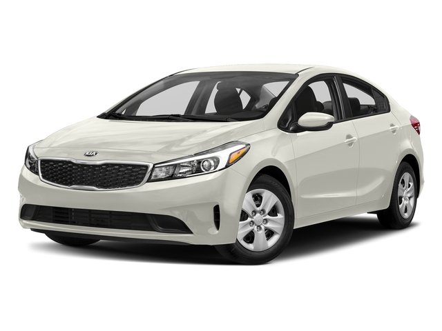 Snow White Pearl 2017 Kia Forte Pictures Forte EX Auto photos front view