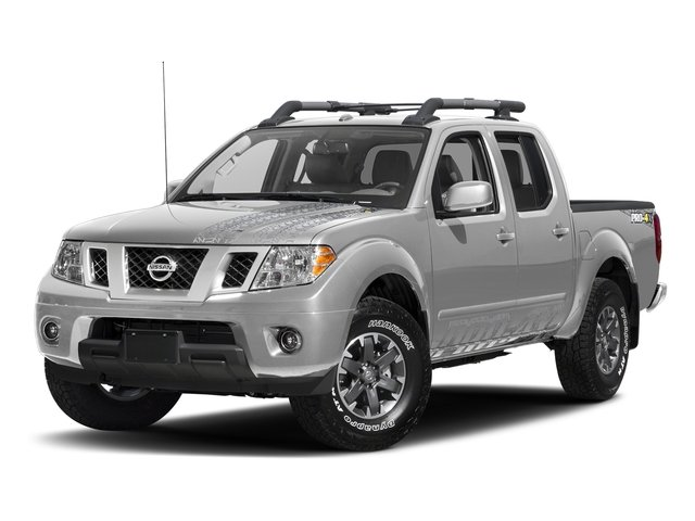Brilliant Silver 2017 Nissan Frontier Pictures Frontier Crew Cab PRO-4X 4WD photos front view