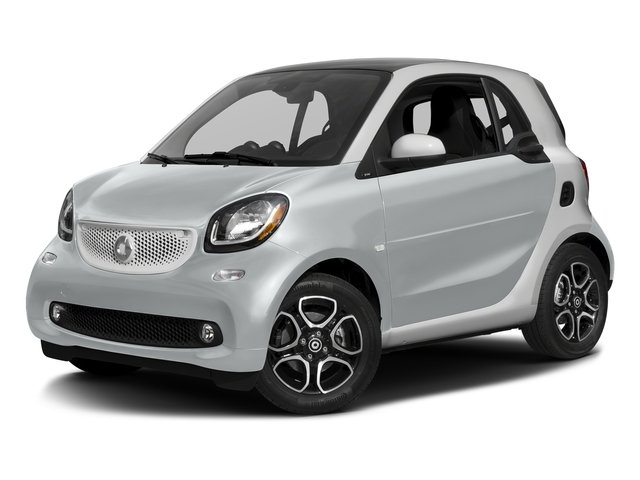 Moon White Matte 2017 smart fortwo Pictures fortwo Coupe 2D Proxy I3 Turbo photos front view