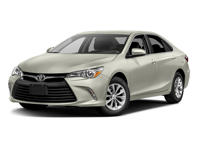 Blizzard Pearl 2017 Toyota Camry Pictures Camry Sedan 4D XLE I4 photos front view