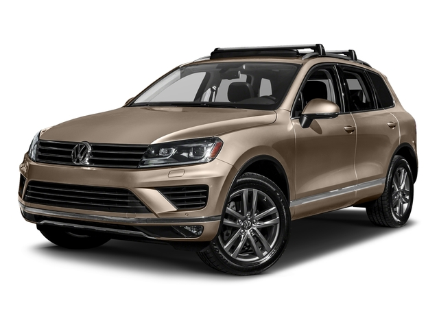 Sand Gold Metallic 2017 Volkswagen Touareg Pictures Touareg V6 Wolfsburg Edition photos front view