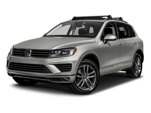 Canyon Gray Metallic 2017 Volkswagen Touareg Pictures Touareg V6 Wolfsburg Edition photos front view