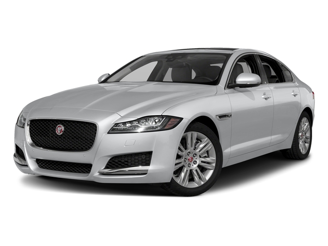 Yulong White Metallic 2018 Jaguar XF Pictures XF Sedan 30t Premium RWD photos front view