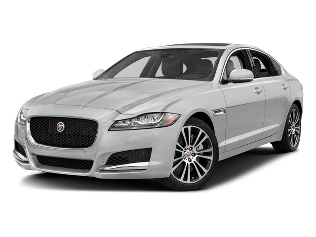 Yulong White Metallic 2018 Jaguar XF Pictures XF Sedan 35t Prestige AWD *Ltd Avail* photos front view