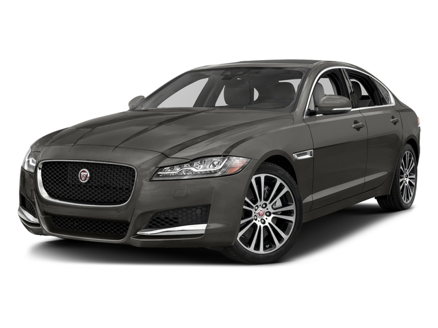 Silicon Silver 2018 Jaguar XF Pictures XF Sedan 20d Prestige AWD photos front view