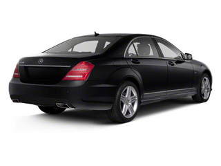 Black 2013 Mercedes-Benz S-Class Pictures S-Class Sedan 4D S550 photos rear view