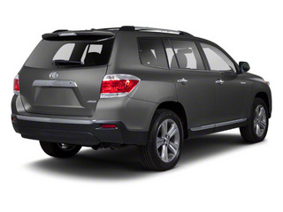 Magnetic Gray Metallic 2013 Toyota Highlander Pictures Highlander Utility 4D 2WD I4 photos rear view