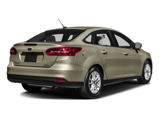 Tectonic 2016 Ford Focus Pictures Focus Sedan 4D SE I4 photos rear view