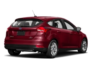 Ruby Red Metallic Tinted Clearcoat 2017 Ford Focus Pictures Focus Hatchback 5D SE I4 photos rear view