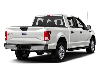Oxford White 2017 Ford F-150 Pictures F-150 Crew Cab XLT 2WD photos rear view