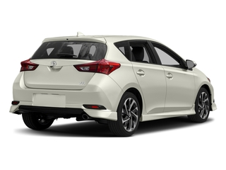 Blizzard Pearl 2017 Toyota Corolla iM Pictures Corolla iM Hatchback 5D photos rear view