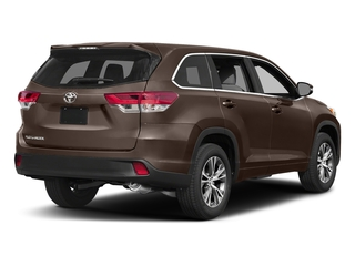 Toasted Walnut Pearl 2017 Toyota Highlander Pictures Highlander Utility 4D LE 4WD V6 photos rear view