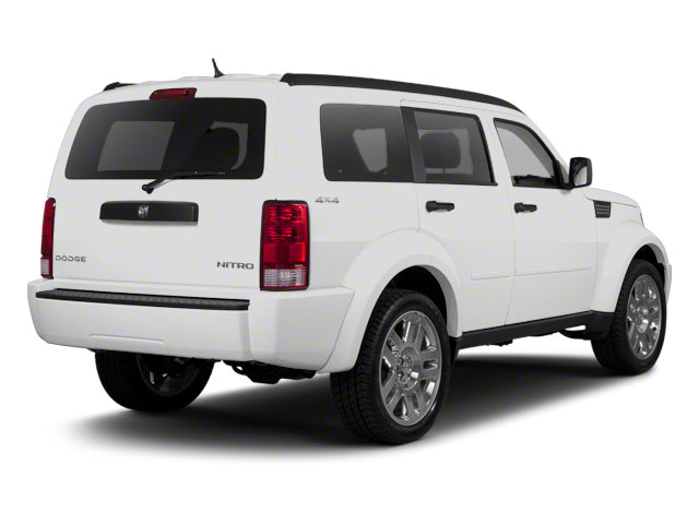 Bright White 2011 Dodge Nitro Pictures Nitro Utility 4D SE 4WD photos rear view