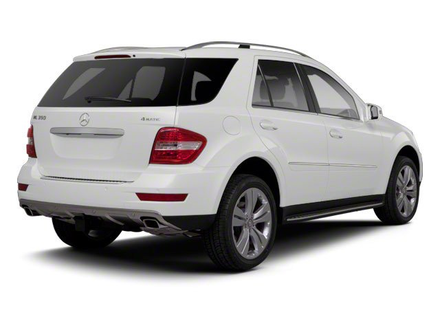 Arctic White 2011 Mercedes-Benz M-Class Pictures M-Class Utility 4D ML550 AWD photos rear view