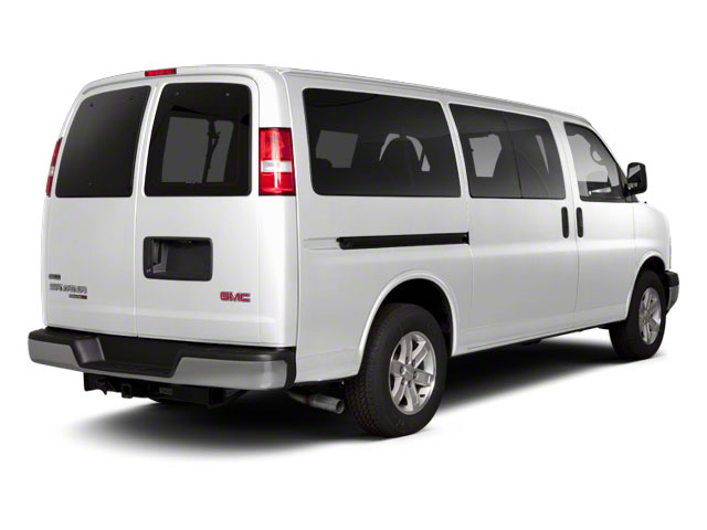 Summit White 2013 GMC Savana Passenger Pictures Savana Passenger Savana LT 135 photos rear view
