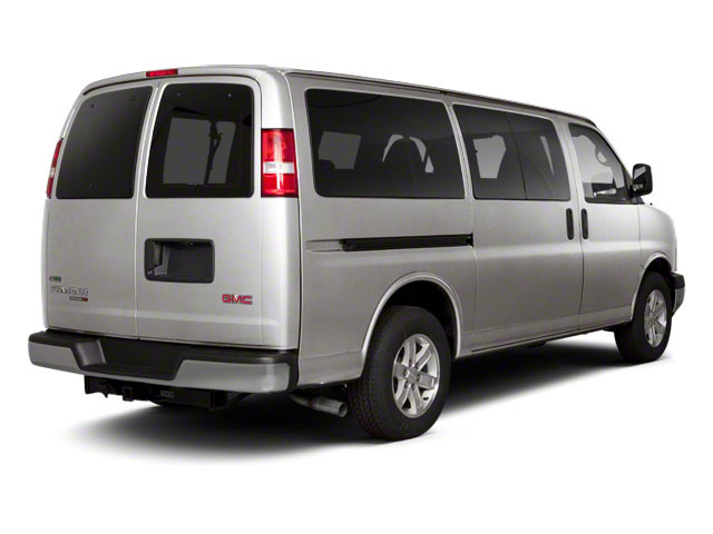 Pure Silver Metallic 2013 GMC Savana Passenger Pictures Savana Passenger Savana LT 135 photos rear view