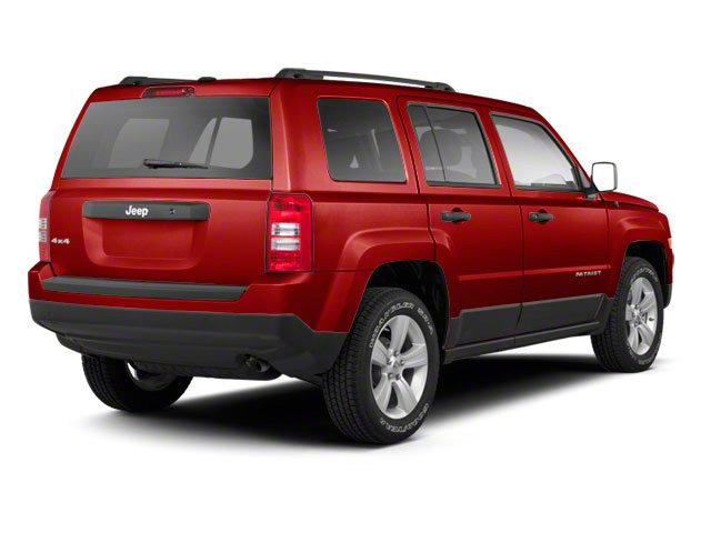 Deep Cherry Red Crystal Pearl 2013 Jeep Patriot Pictures Patriot Utility 4D Limited 2WD photos rear view