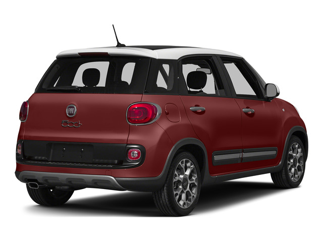 Rosso Perla (Deep Lava Red Pearl) 2015 FIAT 500L Pictures 500L Hatchback 5D L Trekking I4 Turbo photos rear view