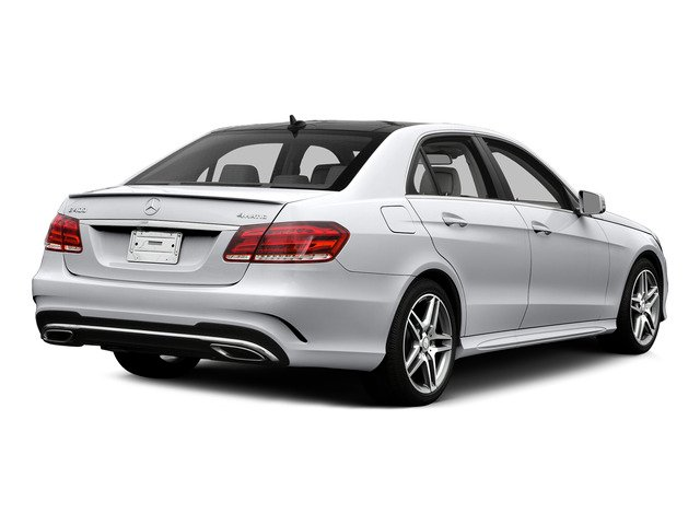 Polar White 2015 Mercedes-Benz E-Class Pictures E-Class Sedan 4D E400 V6 Turbo photos rear view