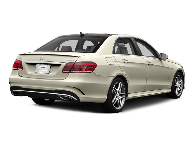 designo Diamond White Metallic 2015 Mercedes-Benz E-Class Pictures E-Class Sedan 4D E400 V6 Turbo photos rear view