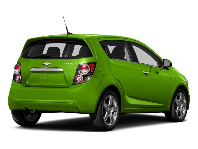 Dragon Green Metallic 2016 Chevrolet Sonic Pictures Sonic Hatchback 5D LT I4 photos rear view