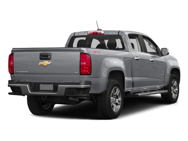 Silver Ice Metallic 2016 Chevrolet Colorado Pictures Colorado Crew Cab Z71 4WD photos rear view