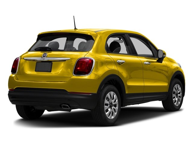 Giallo Tristrato (Tri-Coat Yellow) 2016 FIAT 500X Pictures 500X Utility 4D Easy 2WD I4 photos rear view
