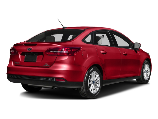 Race Red 2016 Ford Focus Pictures Focus Sedan 4D SE EcoBoost I3 Turbo photos rear view