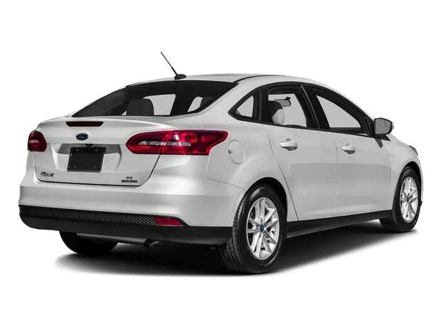 Oxford White 2016 Ford Focus Pictures Focus Sedan 4D SE I4 photos rear view