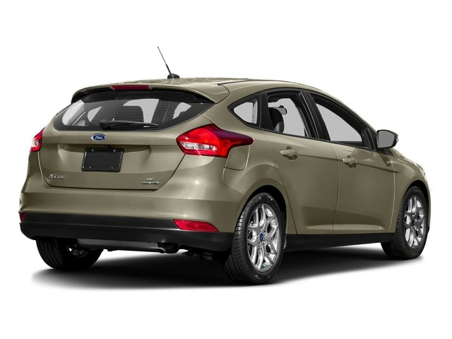 Tectonic 2016 Ford Focus Pictures Focus Hatchback 5D SE I4 photos rear view