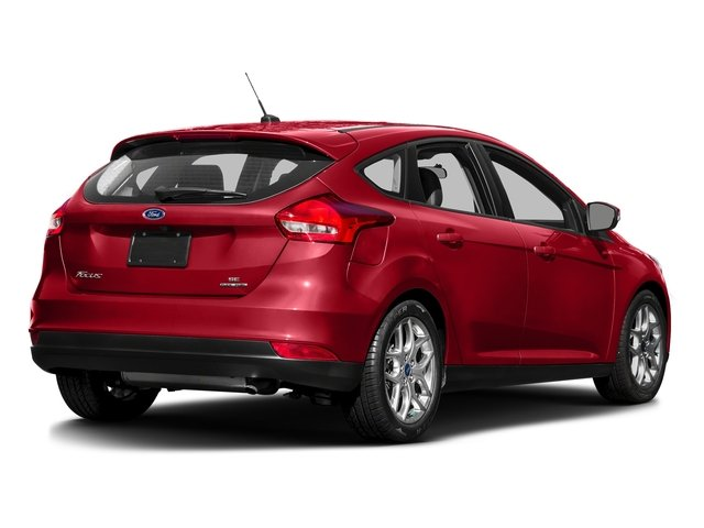 Race Red 2016 Ford Focus Pictures Focus Hatchback 5D SE EcoBoost I3 Turbo photos rear view