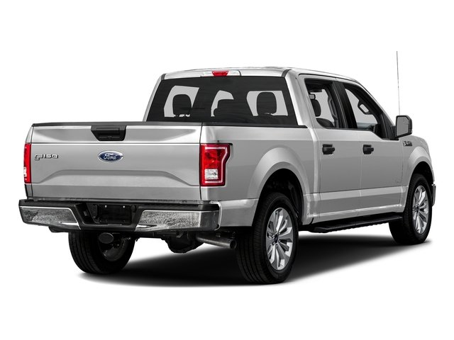Ingot Silver Metallic 2016 Ford F-150 Pictures F-150 Crew Cab XLT 2WD photos rear view