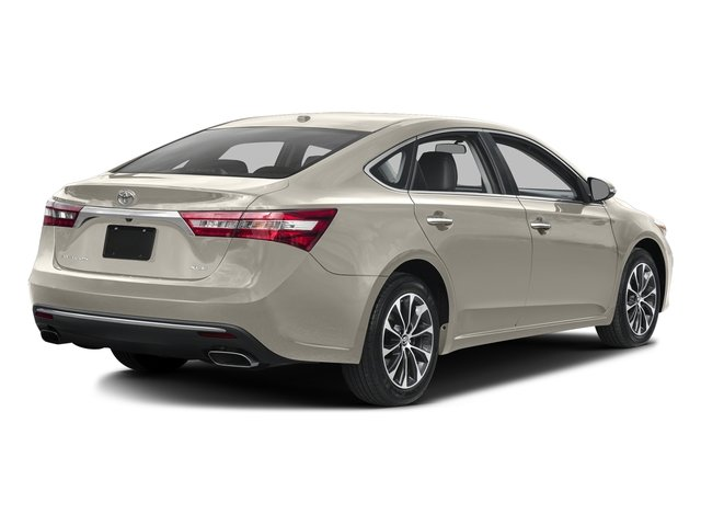 Creme Brulee Mica 2016 Toyota Avalon Pictures Avalon Sedan 4D XLE Touring V6 photos rear view
