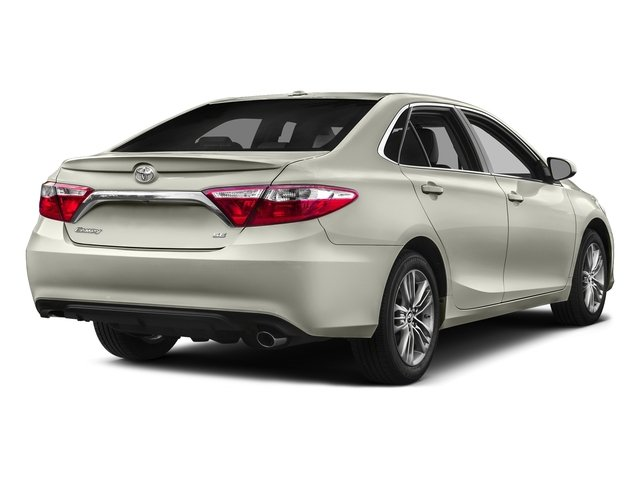 Blizzard Pearl 2016 Toyota Camry Pictures Camry Sedan 4D Special Edition I4 photos rear view