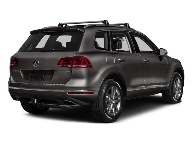 Black Oak Brown Metallic 2016 Volkswagen Touareg Pictures Touareg Utility 4D Executive AWD V6 photos rear view