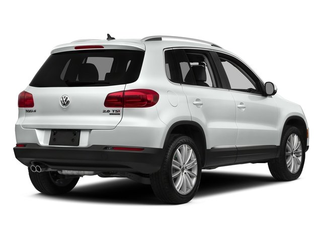 Pure White 2016 Volkswagen Tiguan Pictures Tiguan Utility 4D SE 2WD I4 Turbo photos rear view