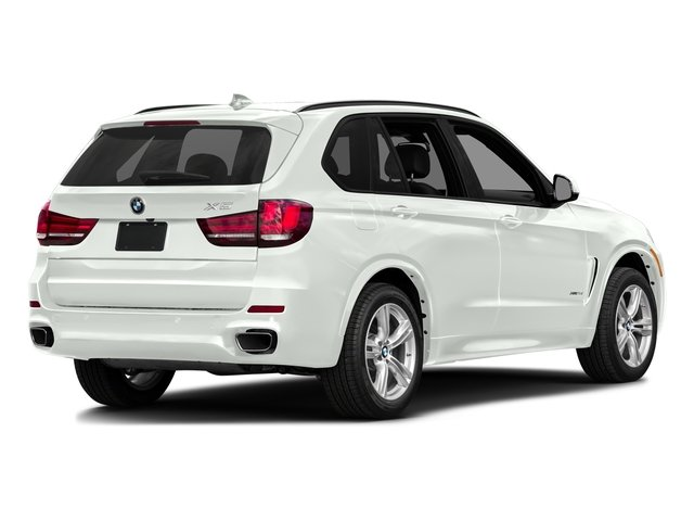 Alpine White 2017 BMW X5 Pictures X5 Utility 4D 35d AWD I6 T-Diesel photos rear view