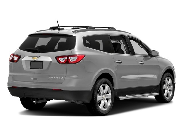 Silver Ice Metallic 2017 Chevrolet Traverse Pictures Traverse AWD 4dr LT w/1LT photos rear view
