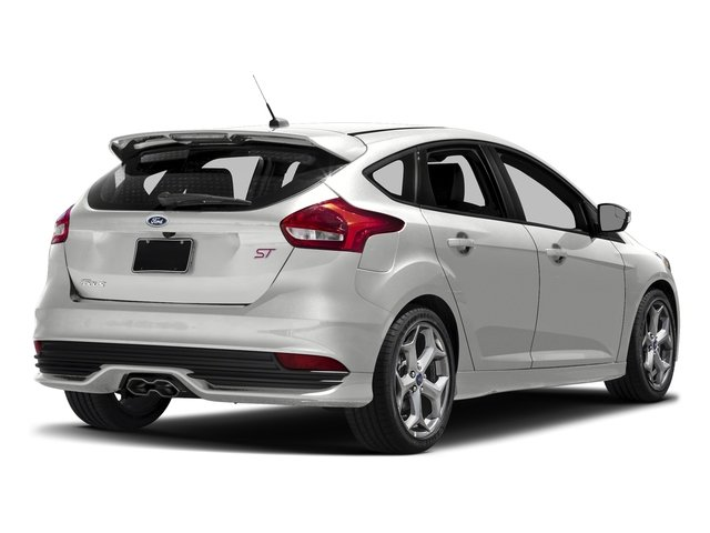 Oxford White 2017 Ford Focus Pictures Focus Hatchback 5D ST I4 Turbo photos rear view
