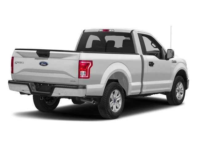 Oxford White 2017 Ford F-150 Pictures F-150 Regular Cab XLT 4WD photos rear view